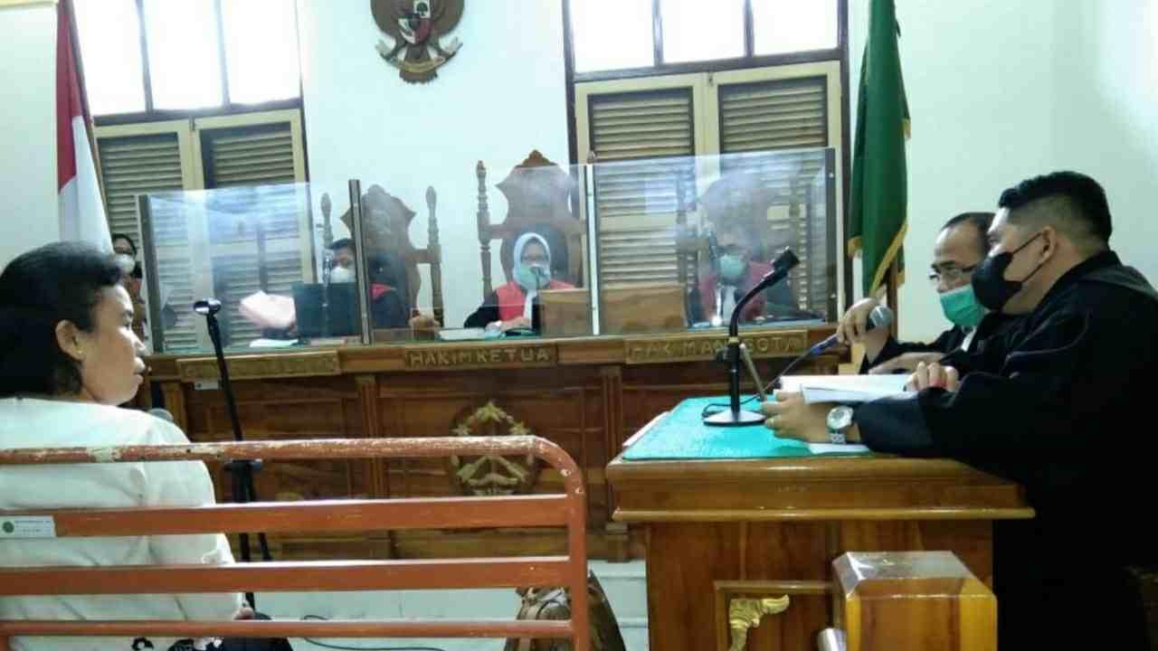 Terungkap Dalam Sidang Penggelapan, Oknum Jaksa Berinvestasi Deposito Gunakan Nama Orang Lain