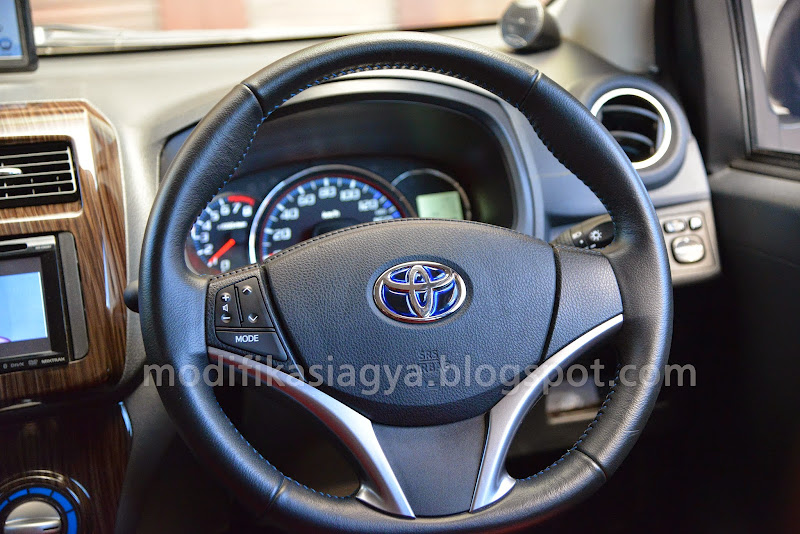 Setir All New Yaris Dengan Remote Audio Button/ Switch di Toyota Agya title=