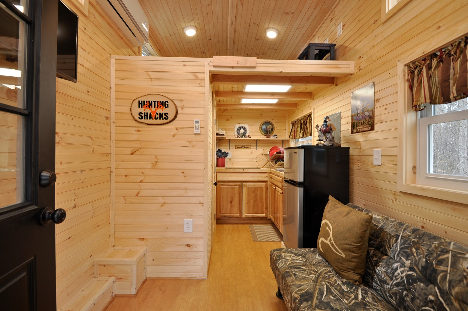 Tiny house building co llc february 2017 for Richmond home and garden show 2017