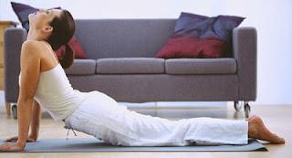 """<img src=""""ejercicios-en-casa.jpg"""" alt=""""estos 5 ejercicios son efectivos para quemar grasa y tonificar los músculos"""">"""