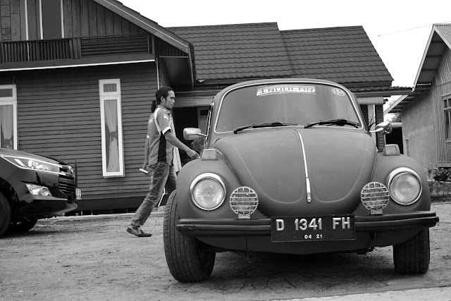 Otomotif Photography, Volkswagen Beetle, Black and White Photography, VW Dandim 0103,