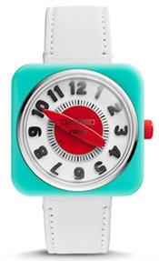 374a25aec0f Em 2013 a empresa lançou uma linha mais sofisticada de relógios