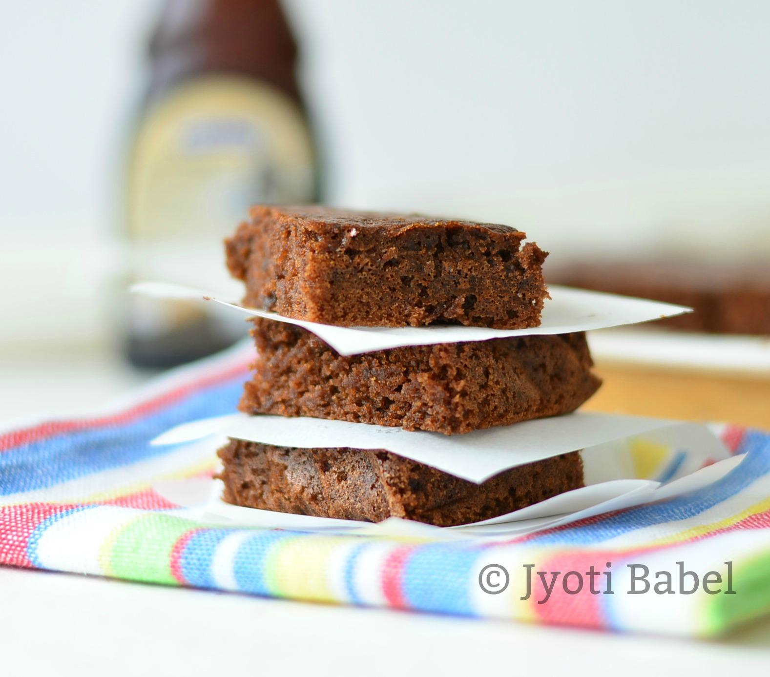 Jyoti's Pages: Bourbon Biscuit Brownies