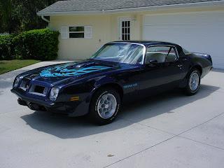 """1975 Pontiac Trans Am TransAm Bi-Centenial Edition """"Red White & Blue"""""""
