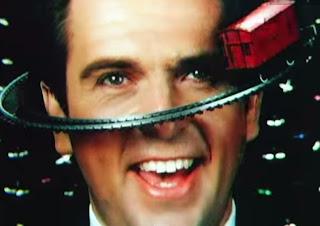 videos-musicales-de-los-80-peter-gabriel-sledgehammer