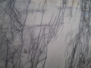 white lilac marmer