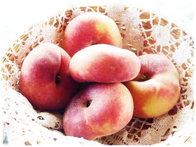 doughnut-peaches
