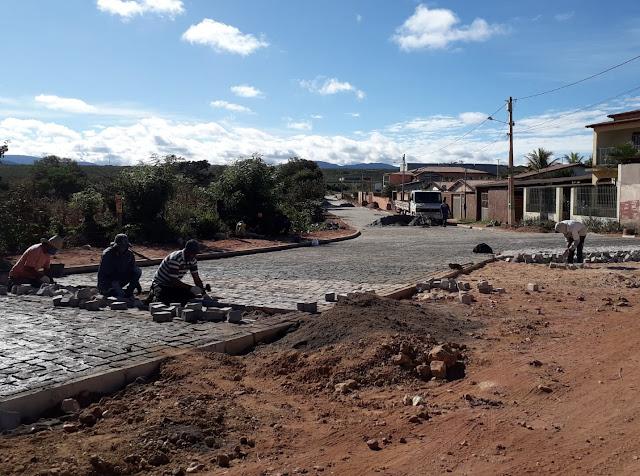 Inúbia: Obra de pavimentação da entrada da cidade está em fase de conclusão