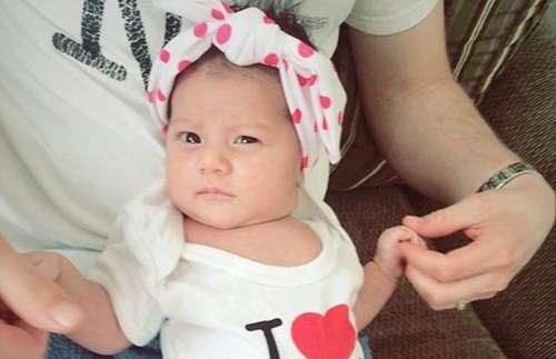 Cara Mengatasi Cegukan Bayi