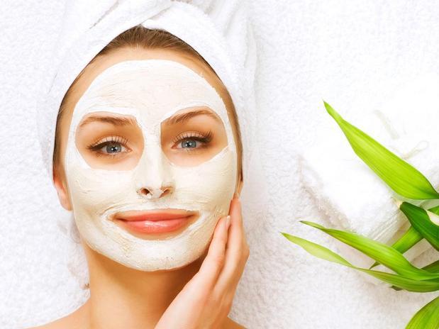 Veja como hidratar a pele em casa