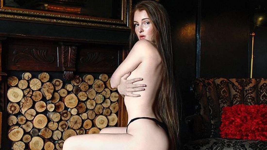 Σέξι έφηβος γυμνιστών