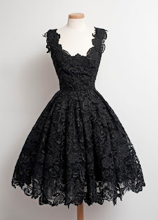 Vintage A-Line V-neck Knee-Length Black Lace Homecoming Dress