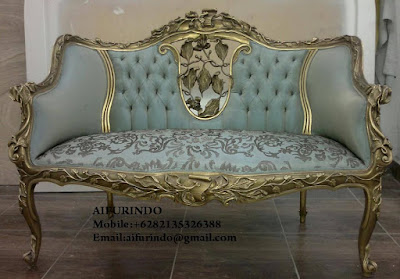 Indonesia Furniture Exporter,Classic Furniture,French Provincial Furniture Indonesia code A159 classic sofa carved with gold leaf blue velvet