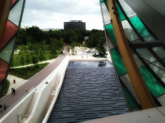 View from Fondation Louis Vuitton, Paris, France. Photo by @rotanarotana.
