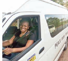 woman rescues peace mass transit passengers kidnappers