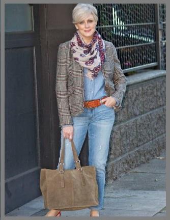 fc69333f1c3 La última moda para mujeres mayores de 50 años. ¡No busque más, ha venido  al lugar correcto! Muchas personas presumen que las mujeres mayores de edad  no ...