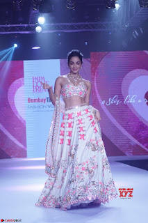 Kiara Advani walks the ramp showcasing the collection of label Papa Dont Preach by designer Shubhika during the Bombay Times Fashion Week 2018 ~ Exclusive 001