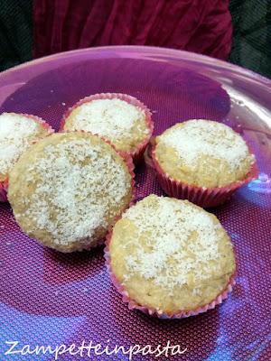 Muffin al cocco senza glutine e senza uova - Ricetta senza glutine