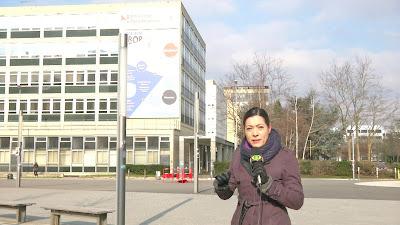 A repórter Sonia Blota na Universidade de Paris, em Nanterre - Divulgação/Band