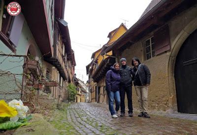 En Eguisheim, Alsacia, Francia