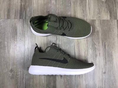 Giày Thể Thao Nike RunRunChu