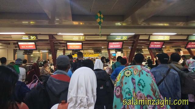 check in bandara, tuker tiket boarding pesawat, pengalaman ketinggalan pesawat