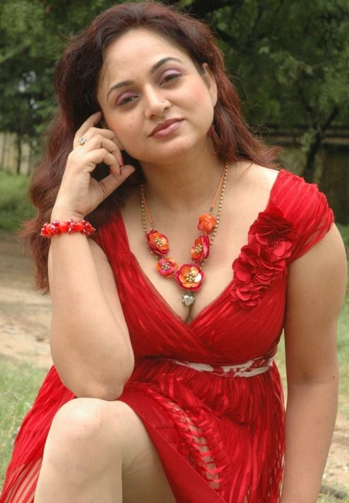 South Actress Shailu Hot Photos-8394