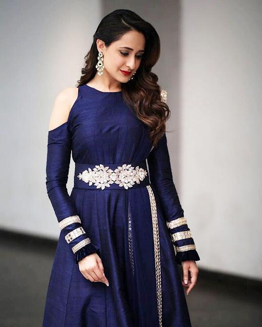Actress Pragya Jaiswal at Meelo Evaru Koteeswarudu