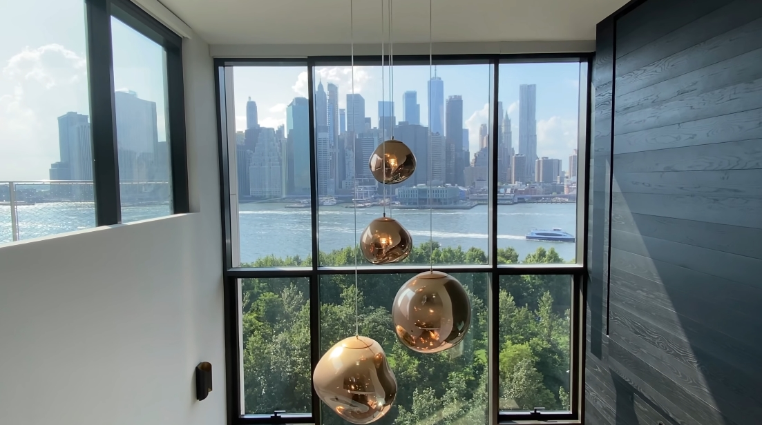 Tour 90 Furman St. #1010, Brooklyn Luxury Penthouse vs. 42 Interior Design Photos