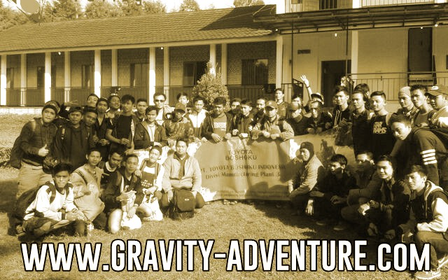 tempat asyik rafting pangalengan bandung gravity adventure