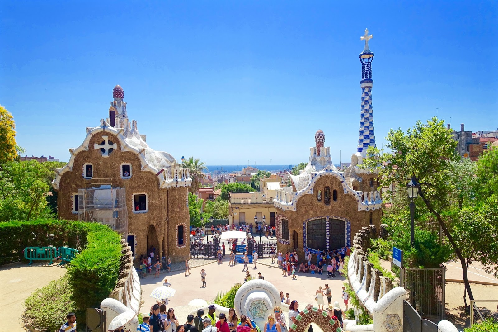 gaudi works of art park guell