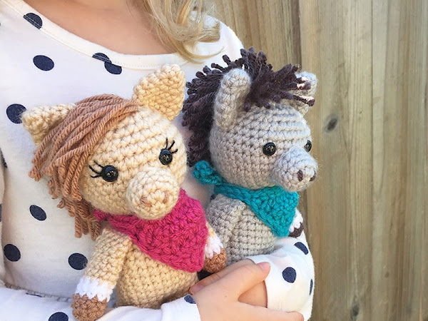 Mini Amigurumi Horse and Donkey - A Free Crochet Pattern