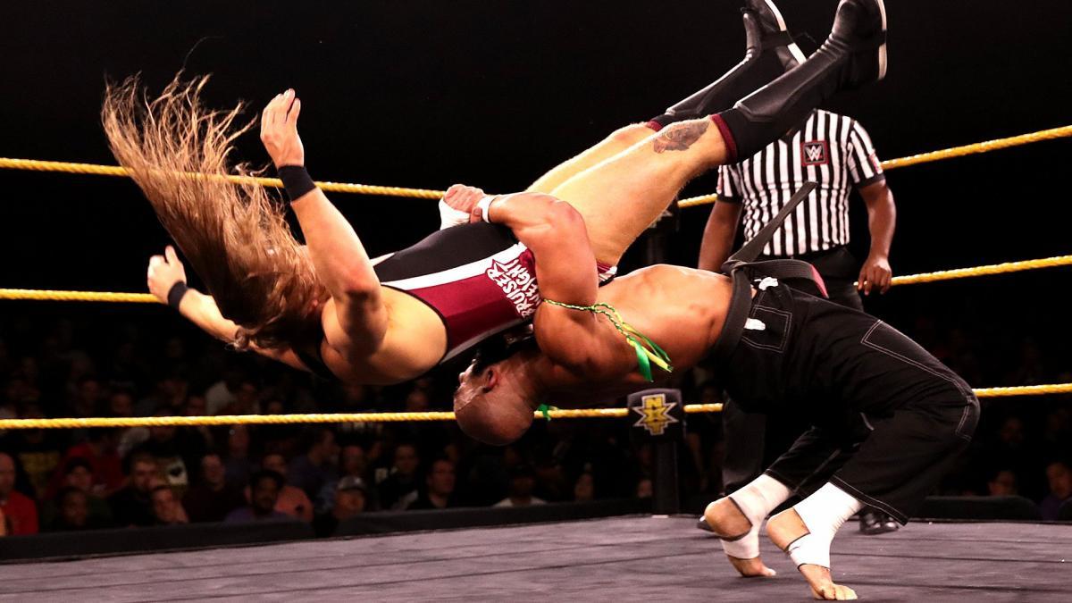 WWE promove várias estrelas do NXT ao plantel principal e não as utiliza