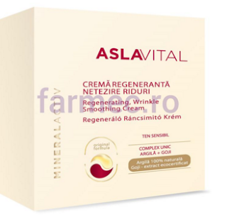 Crema regeneranta -netezire riduri aplicare seara