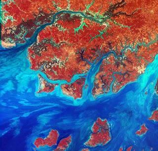 ستون صورة مدهشة لكوكب الأرض من الأقمار الصناعية 25.jpg