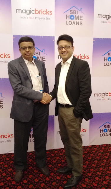 Mr. Shriram P Iyer, Deputy General Manager of Real Estate & Housing Business Unit, State Bank of India with Mr. Ritesh Mohan, Head of Sales, Magicbricks.com