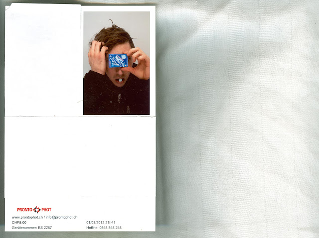 Photoscan of a pronto phot picture with a guy holding a mentos cube package in front of his face, while pulling his hair.