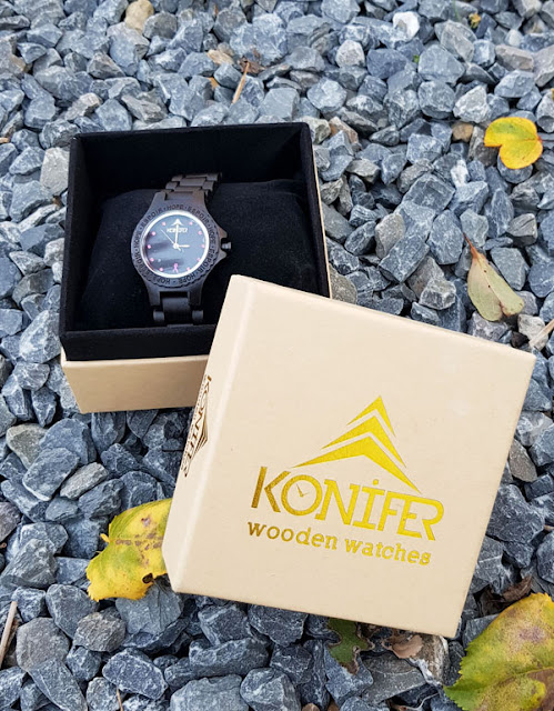 Konifer Pink Breast Cancer Ebony Wood Watch