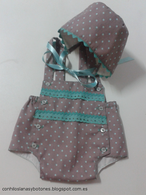 conhiloslanasybotones.blogspot.com.es - capota y pantaloncito bebé topitos agumarina