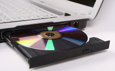 Cara Memperbaiki CD Rom atau DVD Rom Pada Komputer Berdasarkan Penyebabnya, cara memperbaiki CD Rom yang macet, cara memperbaiki CD Rom yang tidak terdeteksi, cara merawat CD Rom, cara memperbaiki CD Rom