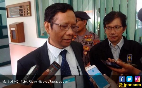 Elektabilitas Jokowi tak Akan Tergerus Omongan Mahfud, tapi…