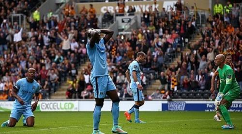 Eliaquim Mangala đã thi đấu không tốt trong trận gặp West Ham