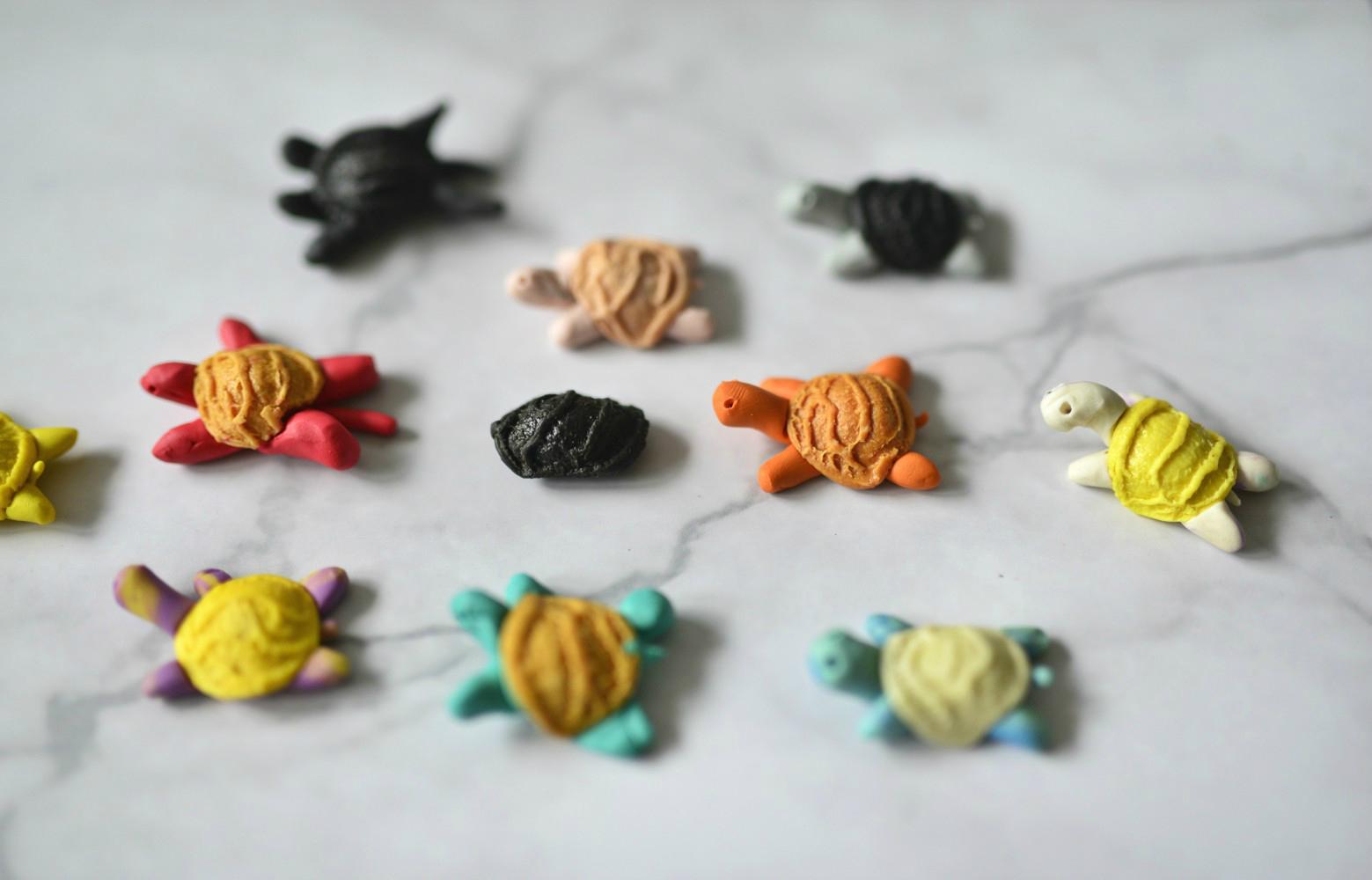 DIY: żółwie z makaronu i plasteliny