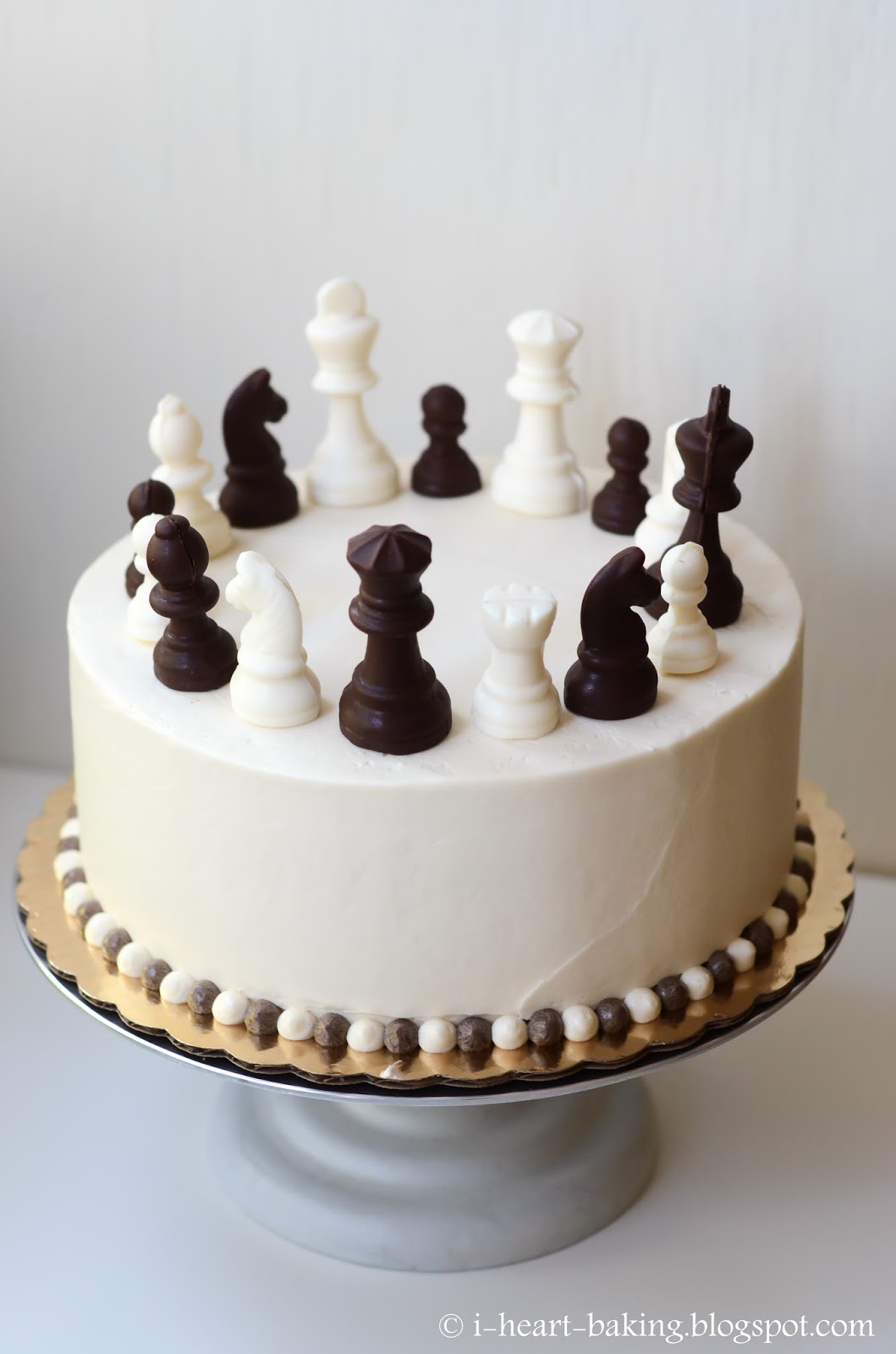 I Heart Baking Chess Cake With Handmade Chocolate Chess Pieces