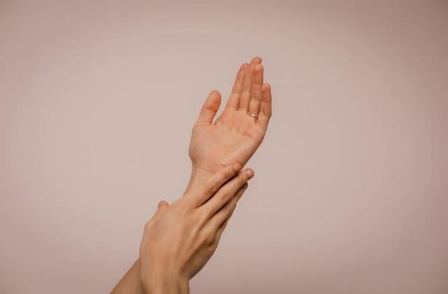 Skincare seperlunya untuk merawat kesehatan kulit tidak boleh terlupakan
