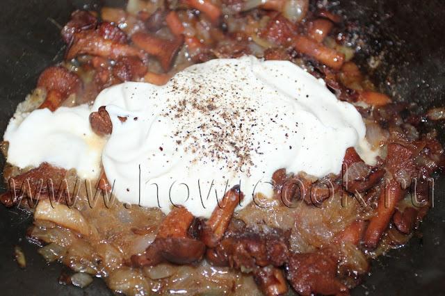 рецепт кабачковых оладий с картофелем и соусом из лисичек с пошаговыми фото