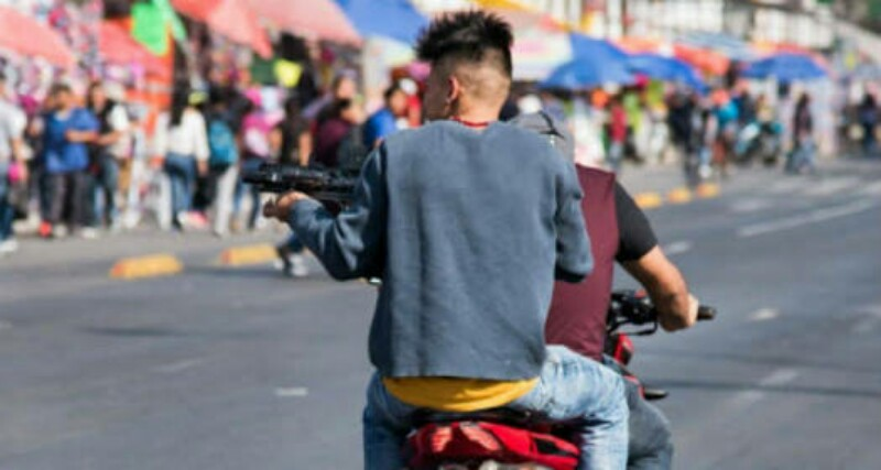 Capturan a dos motosicarios que ejecutaron a dos personas e hirieron a siete mas en la CDMX