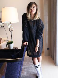 kedapatn di hotel Penyanyi Seksi Agnes Monica