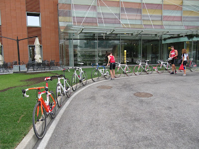 bicycle hire in Milan, Italy
