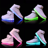 http://www.banggood.com/Unisex-USB-LED-Light-Lace-Up-High-Top-Luminous-Sportswear-Couple-Sneakers-p-1067076.html?utm_source=sns&utm_medium=redid&utm_campaign=naokawaii_10th&utm_content=chelsea